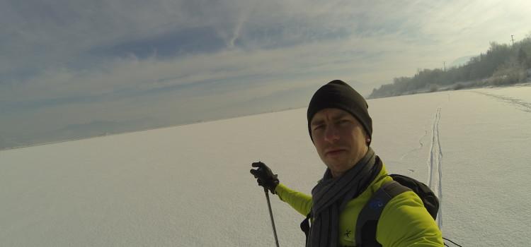 Bežkovanie na zamrznutom vodnom diele