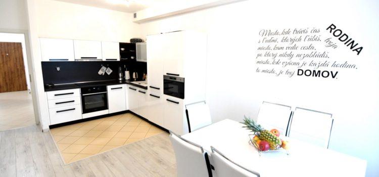 PREDANÝ: Pekný 3i byt v projekte The Cube (Žilina – Vlčince) 73 m2