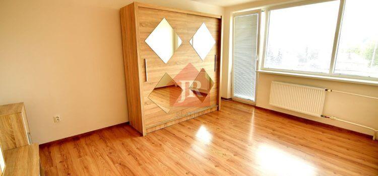 PREDANÝ: Predaj 1i bytu po kompletnej rekonštrukcii v Brezovej pod Bradlom