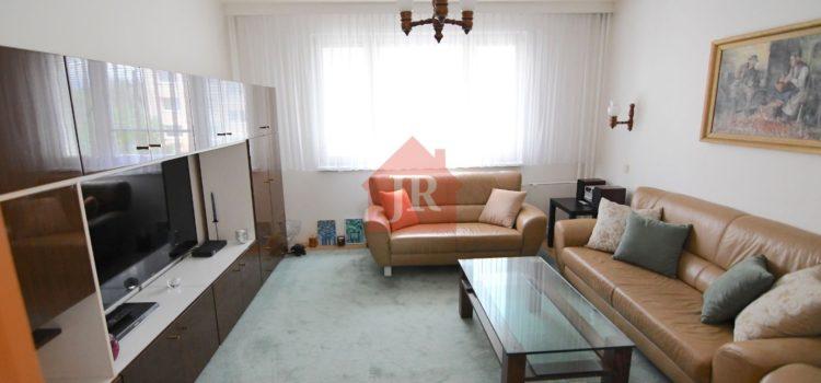 Pekný 4i byt na Smrekovej ulici po rekonštrukcii a so zariadením